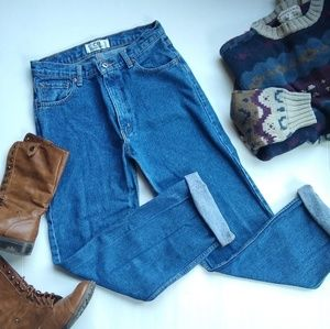 Vintage • high rise bright blue denim mom jeans